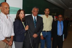 El Comité Olímpico Dominicano exhiben figuras de mujeres de la patria