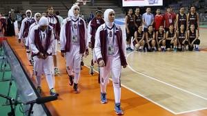 """Qatar pregunta """"¿cuál es el problema con el hiyab?"""" y la FIBA se desmarca de la religión"""