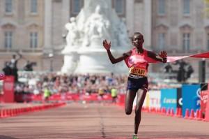 Mary Keitany gana el Maratón de Nueva York pendiente a prueba en B de dopaje