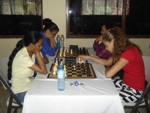 Wilsadia Díaz comanda el nacional de ajedrez femenino
