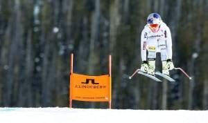 Maze ganó la supercombinada en Mundial de Esqui y Lindsey Vonn se salió