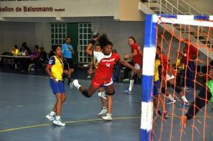 Las chicas del balonmano se foguerán con Puerto Rico