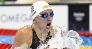 Katinka Hosszu gana oro en 400 estilos con nuevo récord mundial