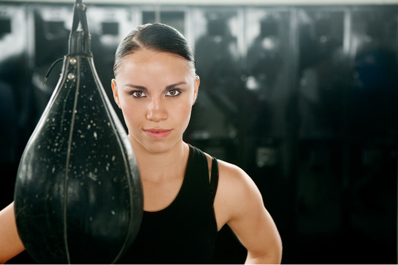 'La Loba' Muñoz reta a la campeona mundial súper mosca 'Lupita' Martínez