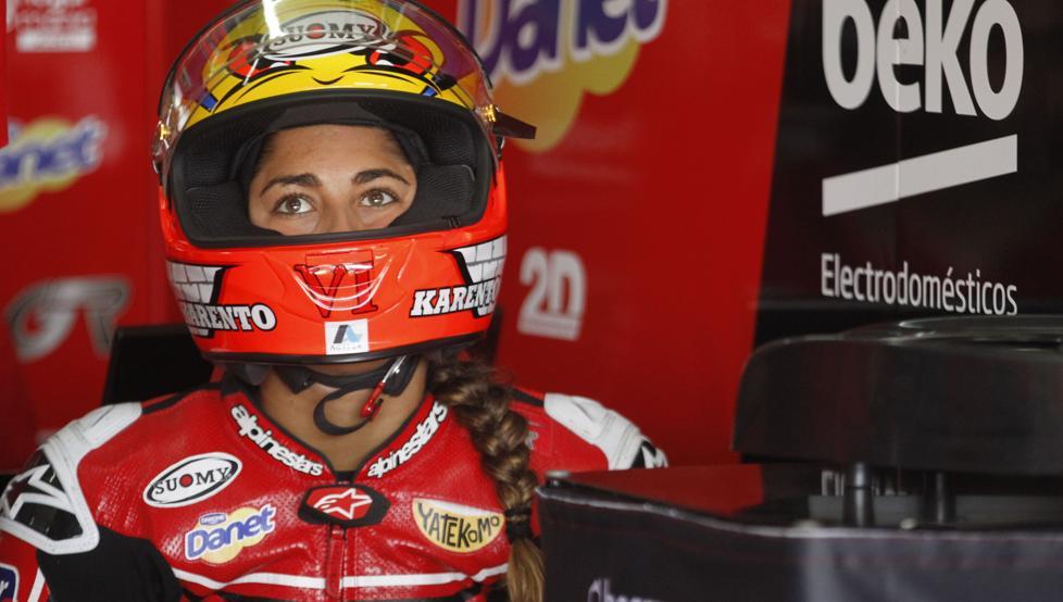 La española María Herrera hace historia en MotoGP en Assen