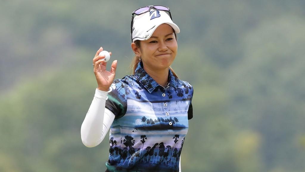 Polémica por nuevo código de vestimenta en el golf femenino