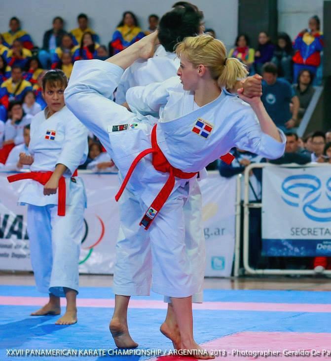 Mujer deportiva rd copa dimitrova de karate cerrar con Espectaculo artistico de caracter excepcional