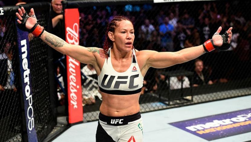 Cris Cyborg es la nueva campeona de UFC