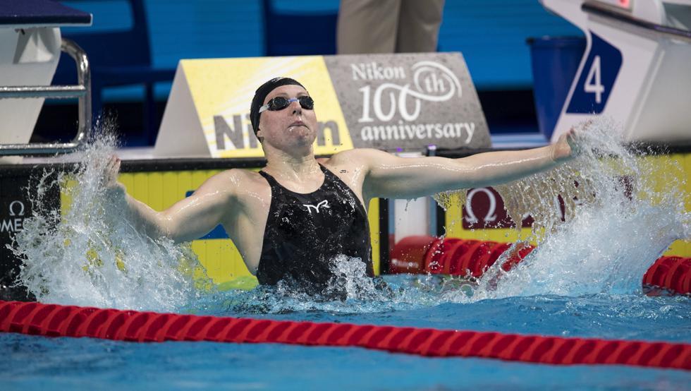 Lilly King sanja el duelo con Yuliya Efimova con récord del mundo en los 50 braza