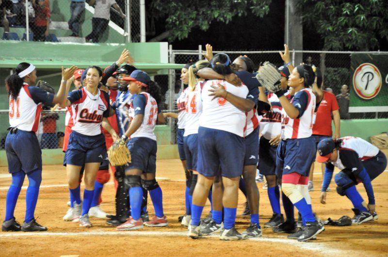 Cuba descalificó a RD en Panamericano Softbol Femenino