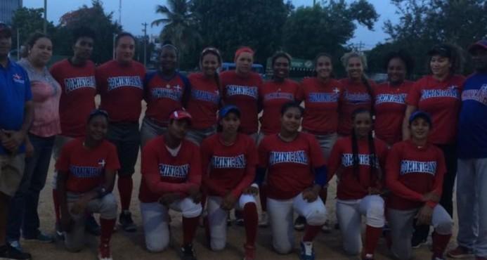 Dominicana con material joven busca clasificación a Juegos Panamericanos en sóftbol femenino