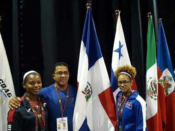 Pesistas dominicanos ganan 15 medallas; Pirón y García logran tres oro