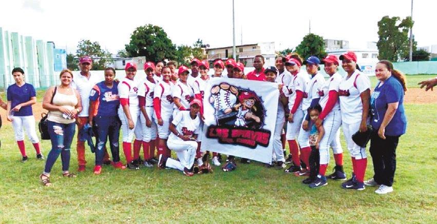 Bravas del Cibao pasan a final del béisbol femenino