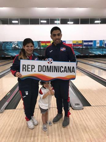 Dominicanos Valiente y Marchena, oro en pareja mixta abierta de boliche