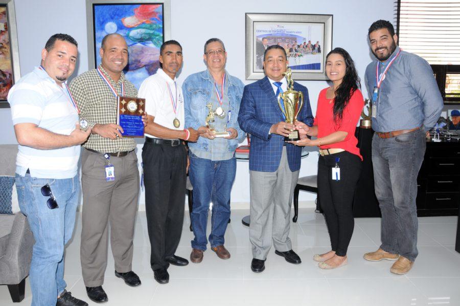 Dedican triunfo de equipo de Softbol al director del IDAC