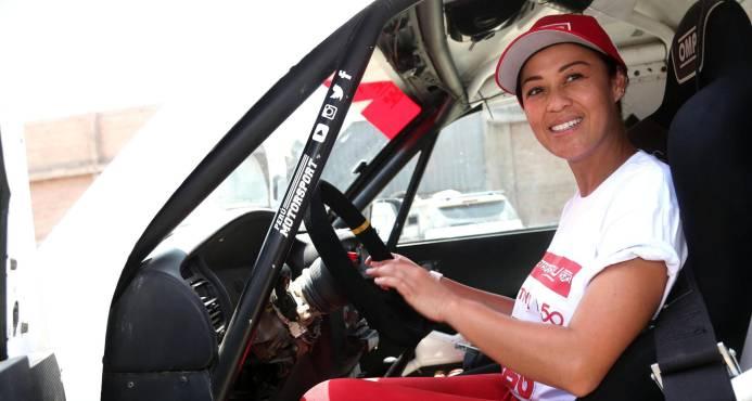 Fernanda Kanno, primera peruana en el Dakar, demuestra que sueños se cumplen
