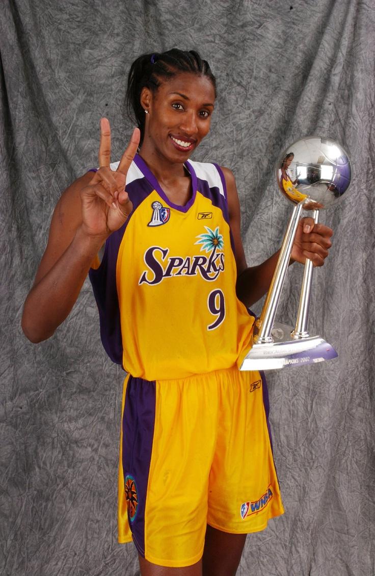 La leyenda de la WNBA Lisa Leslie se une al equipo de operaciones del Magic de Orlando