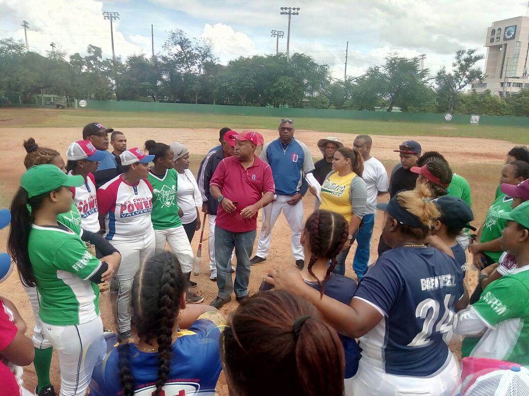Dominicana acogerá el Premundial de béisbol femenino
