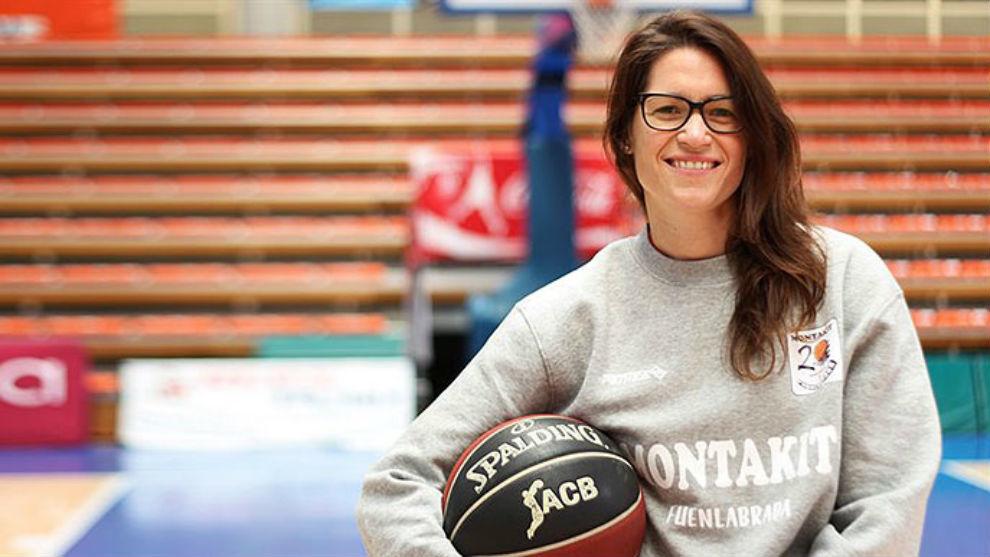 """Una mujer en el banquillo de la """"NBA de Europa"""""""