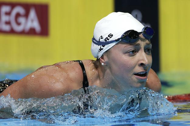 "Nadadora revela que relación con entrenador fue ""abusiva"""