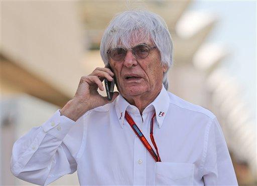 """Ecclestone califica de """"mojigata"""" decisión de acabar con las azafatas"""