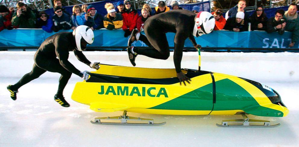 Una marca de cerveza al rescate del equipo jamaicano de bobsleigh