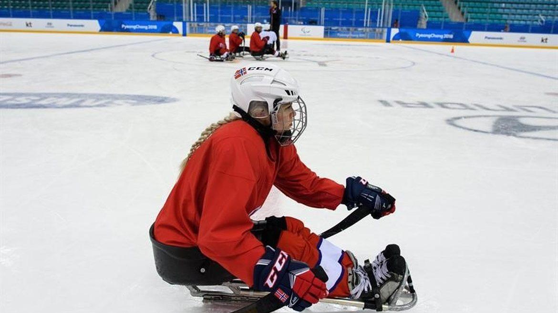 La única mujer en el hockey masculino en los Paralímpicos de PyeongChang