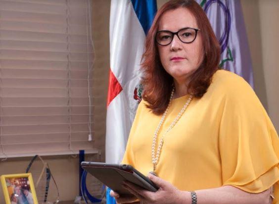 """Camilo cree un """"desacierto"""" excluir Ministerio de la Mujer de la lucha contra violencia de género"""