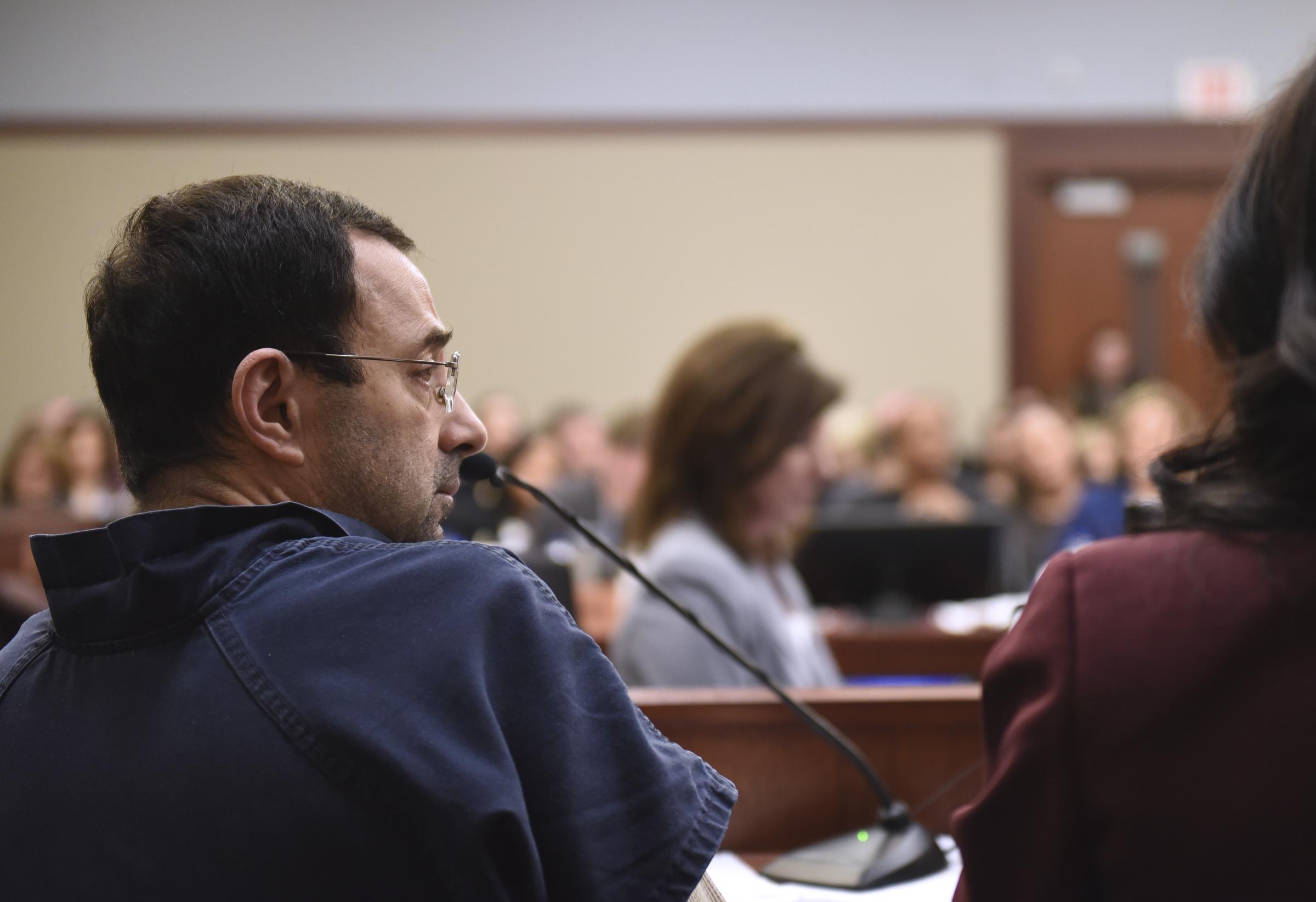 Víctimas del doctor Nassar piden al Senado de EEUU depurar responsabilidades