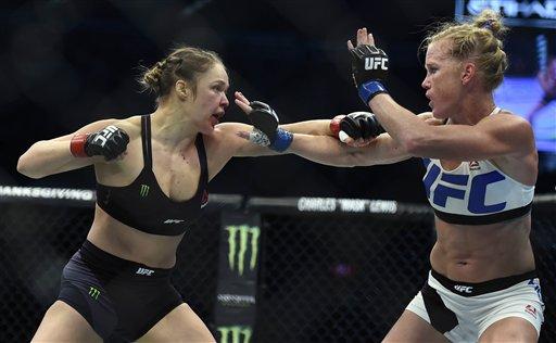 """Ronda Rousey """"lloró durante dos años"""" tras ser noqueada en la UFC"""