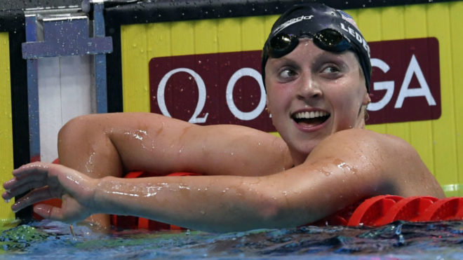 Katie Ledecky salta tras los millones del profesionalismo