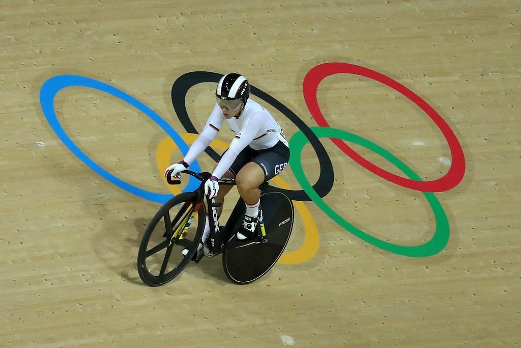 La campeona olímpica de pista Vogel se lesiona de gravedad