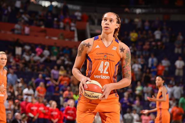 Brittney Griner explota ante los bajos salarios en la WNBA