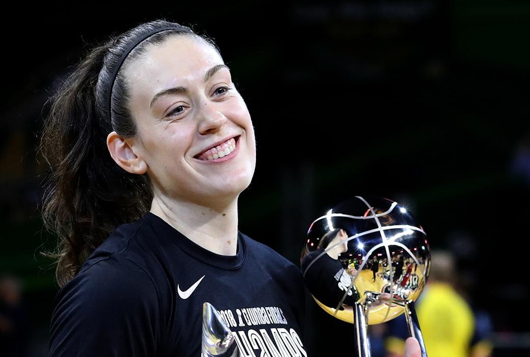 Breanna Stewart, la MVP que superó el trastorno del acoso