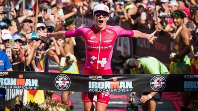 La suiza Daniela Ryf bate récord del triatlón