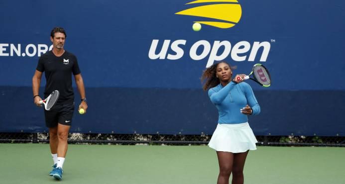 Entrenador de Serena: consejos en partido mejorarían tenis
