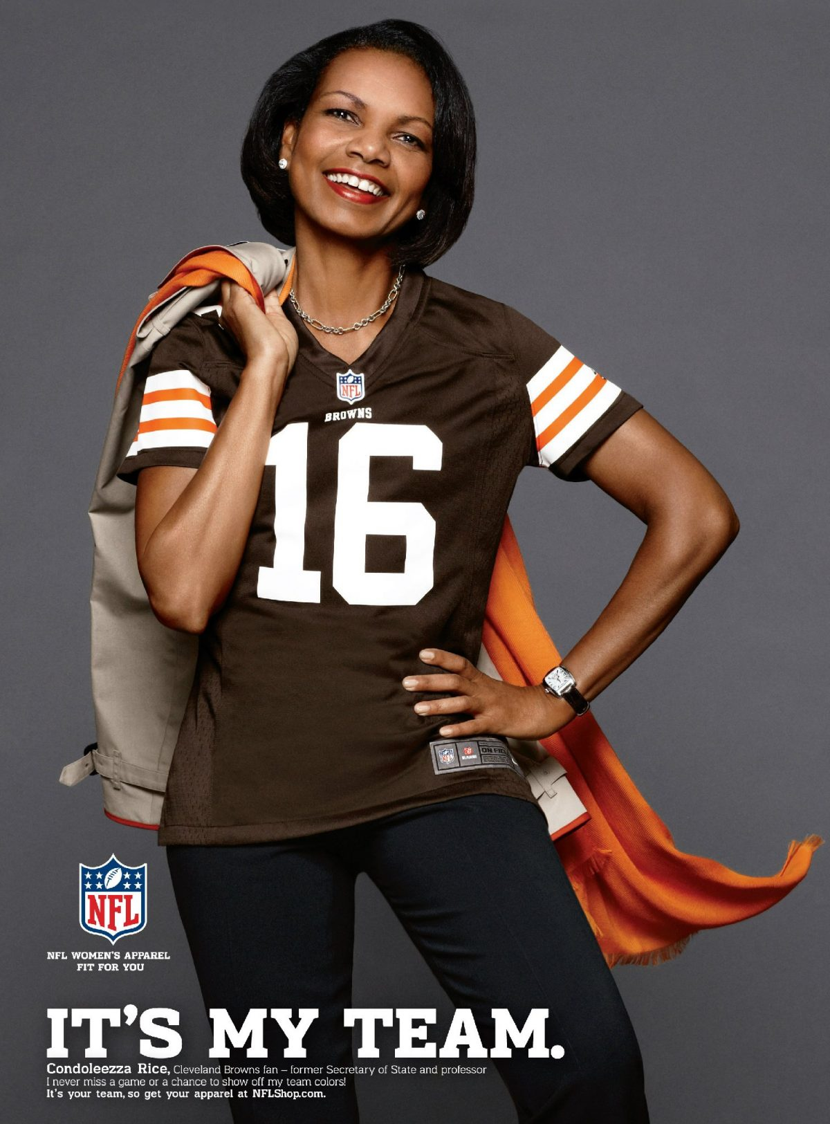 Condoleezza Rice podría ser entrenadora en jefe en la NFL