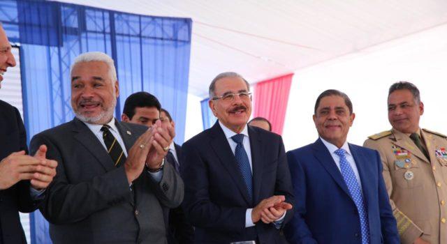 Presidente Medina inaugura nuevo Helipuerto de Santo Domingo