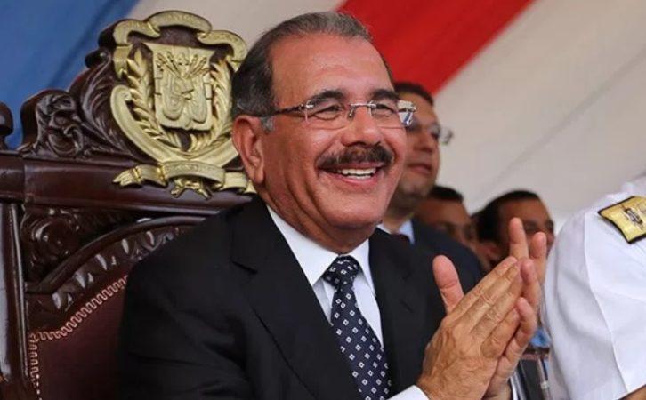 Danilo Medina felicita al Voleibol