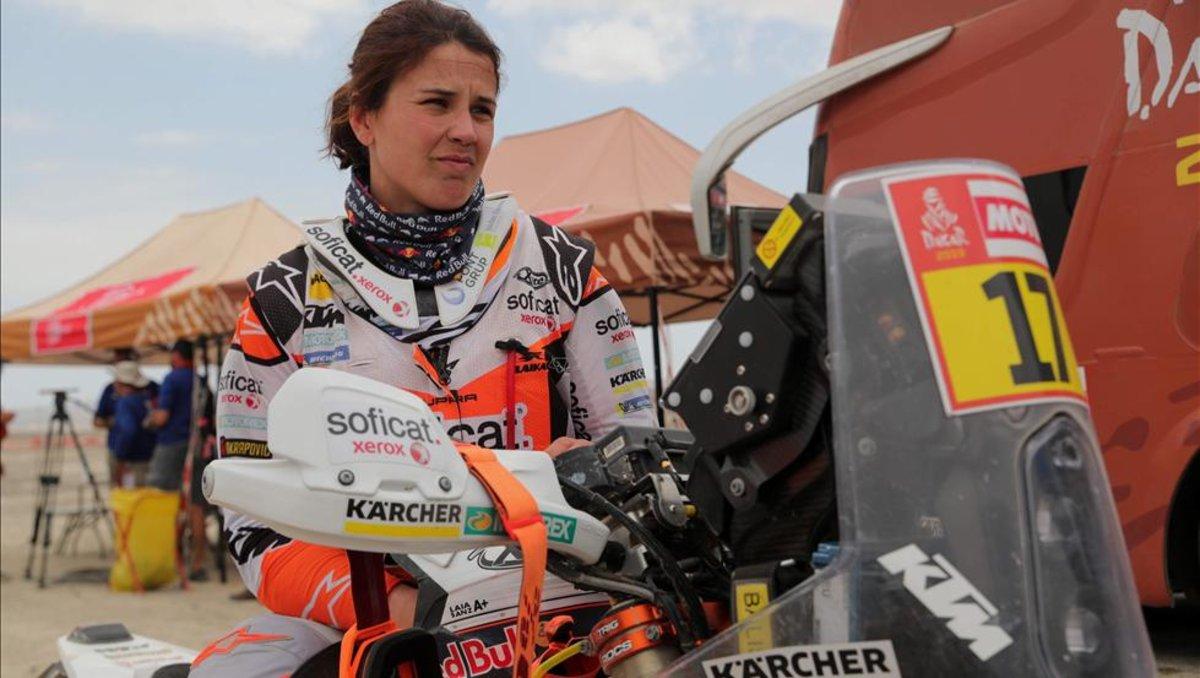 Laia Sanz admite estar agotada tras la octava etapa del Dakar