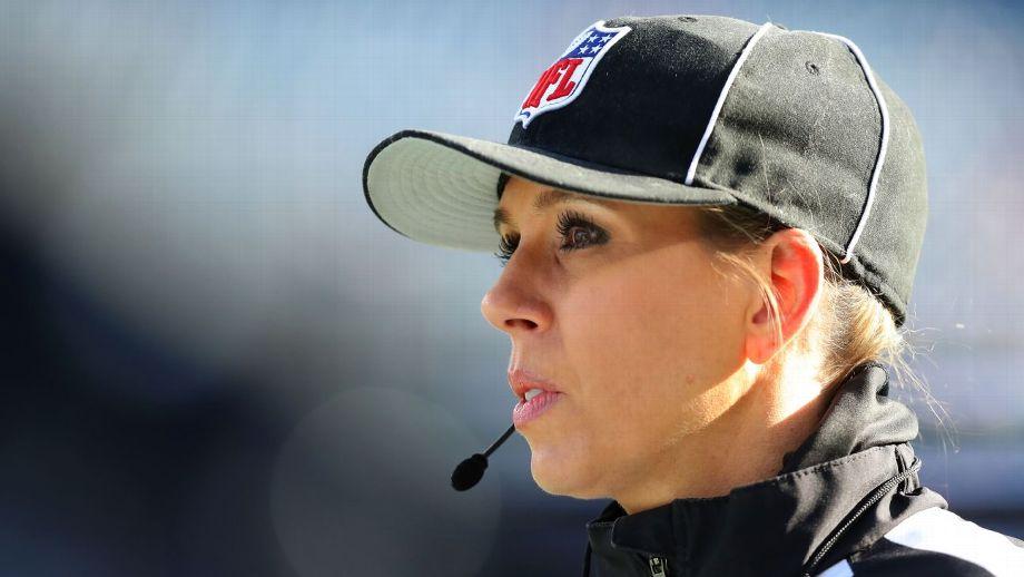 Sarah Thomas hace historia en los playoffs de la NFL