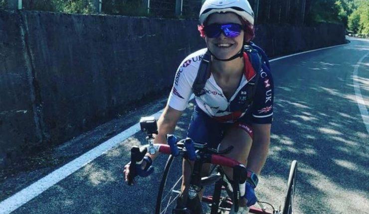 Ciclista paralímpica se operó de un tumor en su vulva que le produjo llagas y ampollas tras sentarse en el sillín