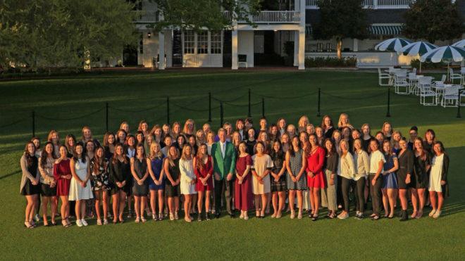 Y Augusta abrió las puertas al golf femenino