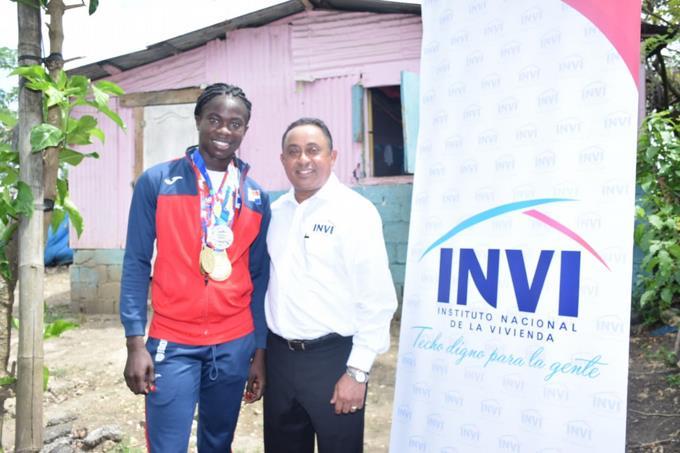 Construirán vivienda a atleta Fiordaliza Cofil