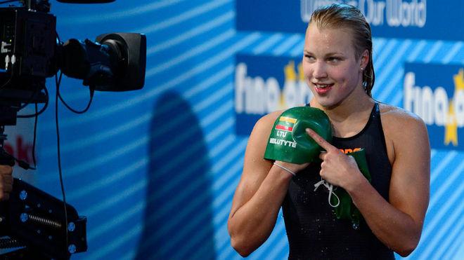 Campeona olímpica de nado se retira a los 22 años