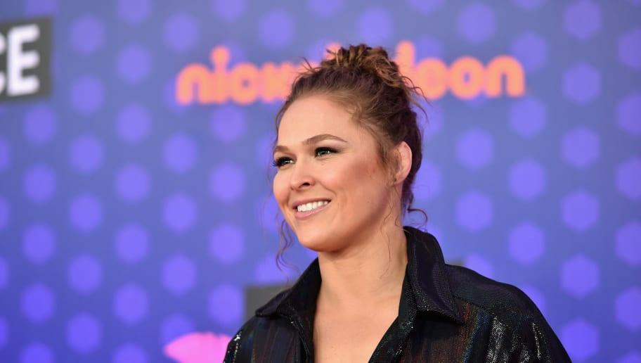 """Ronda Rousey admite que """"debe fingir mejor"""" en sus futuras peleas de WWE"""