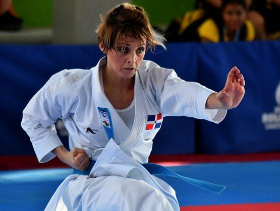 María Dimitrova finaliza en lugar 13 en Premier League de Karate