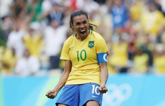 Marta logra récord de goles en Mundiales, masculinos y femeninos