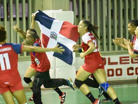 El balonmano dominicano se ilusiona con medalla en Panam