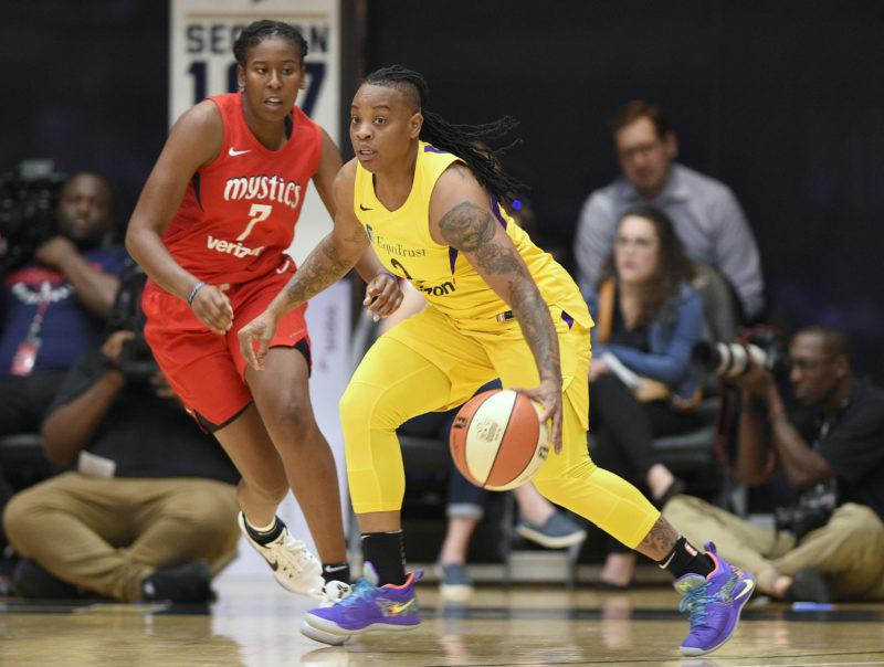 La WNBA suspende a jugadora por violencia doméstica